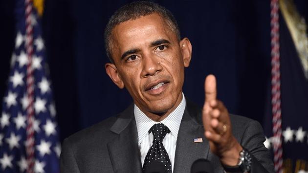 """Periodistas de EE.UU. piden a Obama poner fin a la censura """"políticamente motivada"""""""