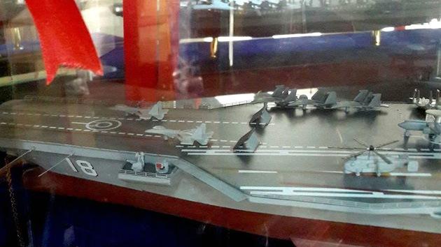 China saca a la luz una maqueta de su futuro portaaviones nuclear tipo Nimitz