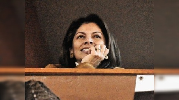 Chinchilla puede convertirse hoy en la primera mujer que preside Costa Rica