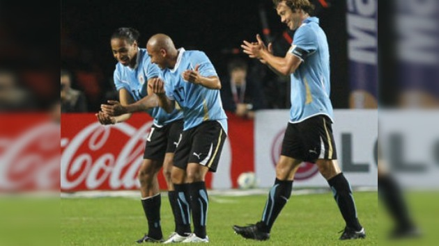 Chile clasifica como líder del Grupo C y cede a Uruguay el duelo contra Argentina