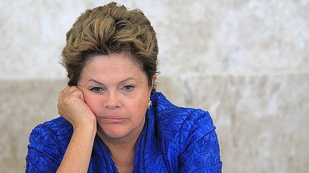 """Dilma Rousseff, incapaz de explicarse el """"malhumor"""" en Brasil por el Mundial"""