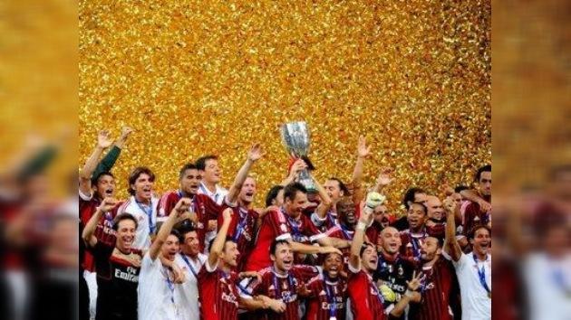 El Milan AC 'se despertó' a tiempo y ganó su sexta Supercopa de Italia