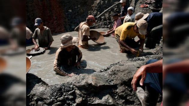 La minería clandestina, fuente de financiación para los ilegales en Colombia