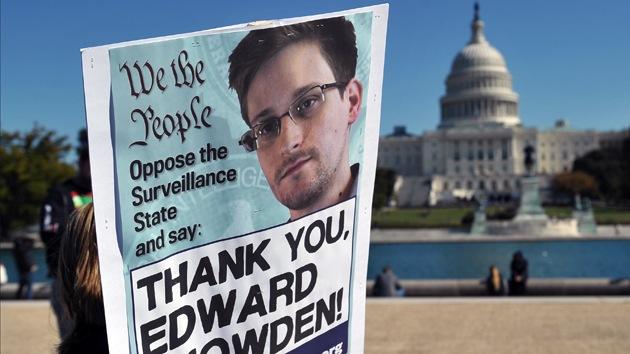¿Qué empujó a Edward Snowden a revelar la vigilancia ilegal de la NSA?