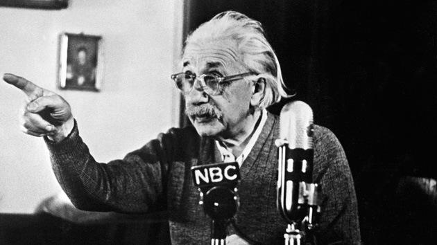 Retan la teoría de Einstein: La velocidad de la luz puede ser más lenta de lo pensado