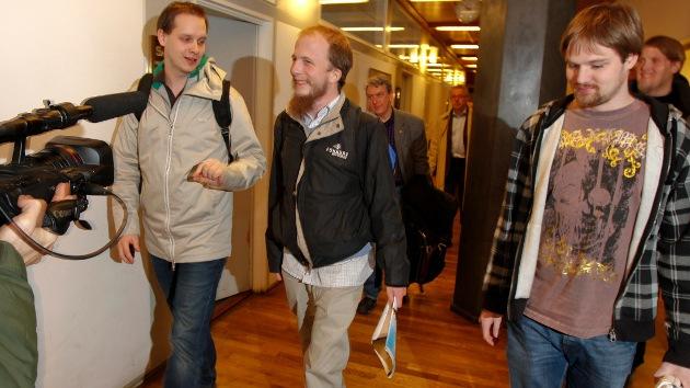 Miles de firmas 'online' logran mejorar las condiciones en prisión del cofundador de The Pirate Bay