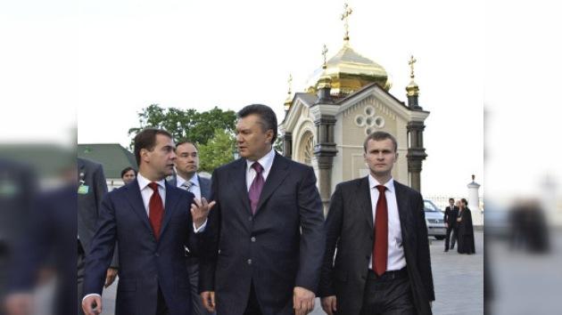 Rusia y Ucrania confirman la propuesta de anular los visados
