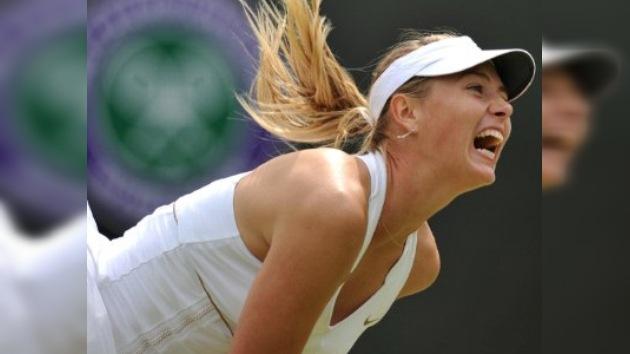 Wimbledon: Sharápova avanza a tercera ronda y Zvonariova es eliminada
