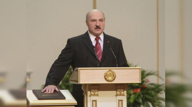 Lukashenko asumió funciones como líder de Bielorrusia