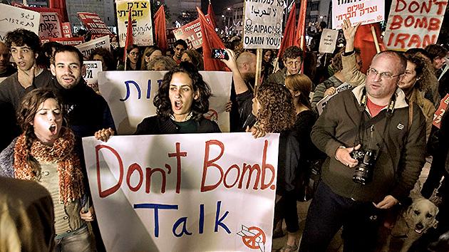 En Israel llevan adelante una campaña contra una guerra con Irán
