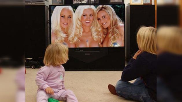 Clips de Playboy presentados en dos canales infantiles de TV