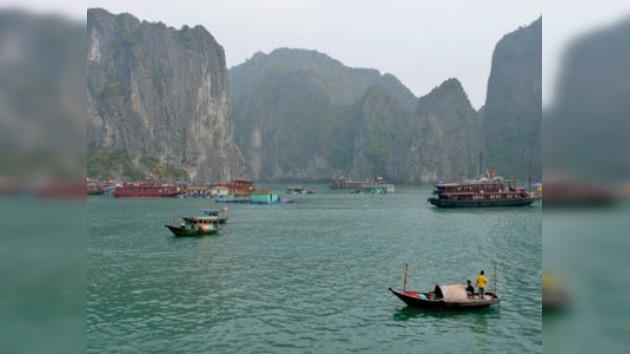 Mueren varios turistas extranjeros en un naufragio al norte de Vietnam
