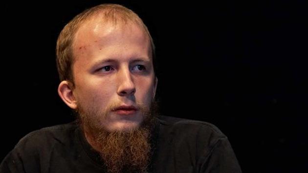 """Madre del cofundador de The Pirate Bay: """"A mi hijo lo torturan en la prisión danesa"""""""