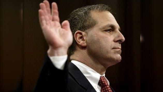 Escándalo en EE. UU.: Acusan al ex director del FBI de recibir dinero de terroristas