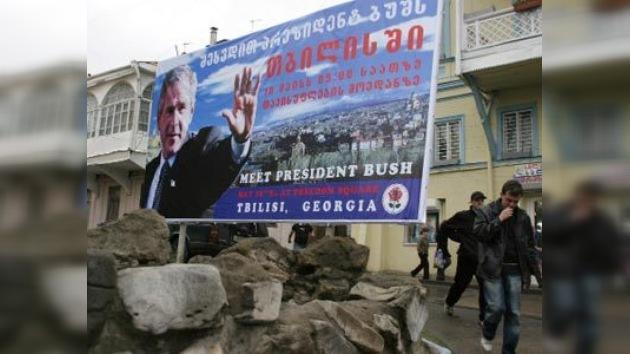Protestas contra la calle de Bush en la capital de Georgia