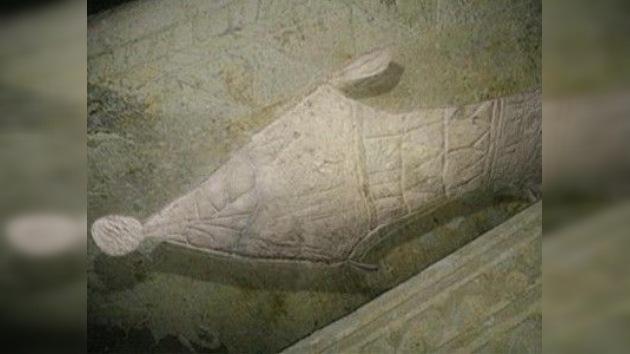 Hallan una tumba que podría contener los símbolos más antiguos de la resurrección de Jesús