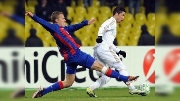 Un agónico tanto en el descuento deja con vida al CSKA frente al Madrid