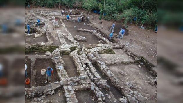 En Perú hallan la tumba de un noble de la cultura wari