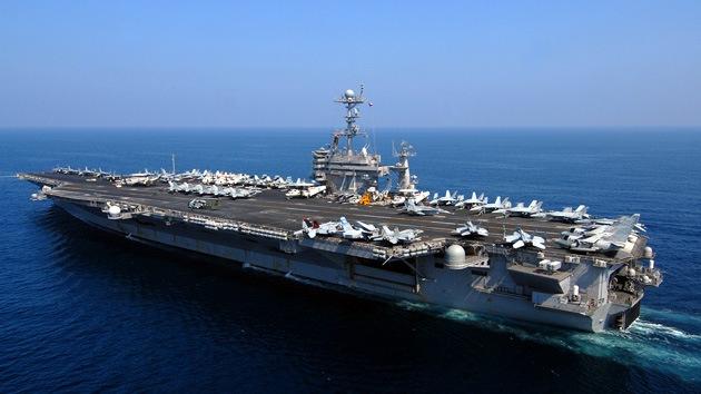 Revelan para qué construye Irán una maqueta de un portaaviones nuclear de EE.UU.