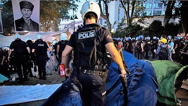 Protestas en Turquía: Intentan linchar a activistas antigubernamentales