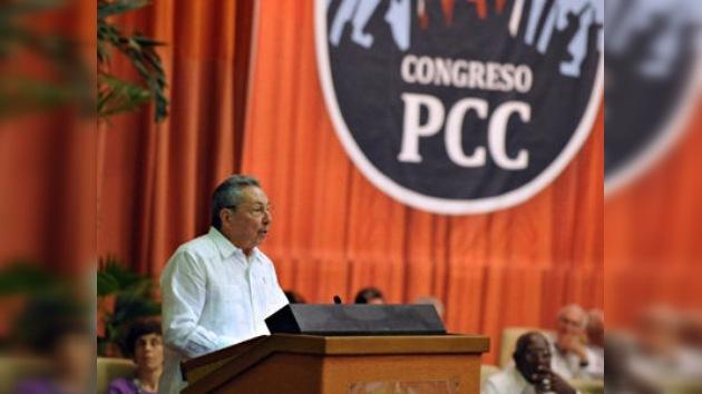 Raúl Castro elegido primer secretario del Partido Comunista de Cuba