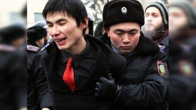 Kazajistán decreta el estado de emergencia por violentos disturbios