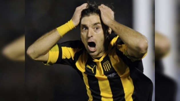Copa Libertadores: Peñarol y Santos dejan abierta una final no apta para cardiacos