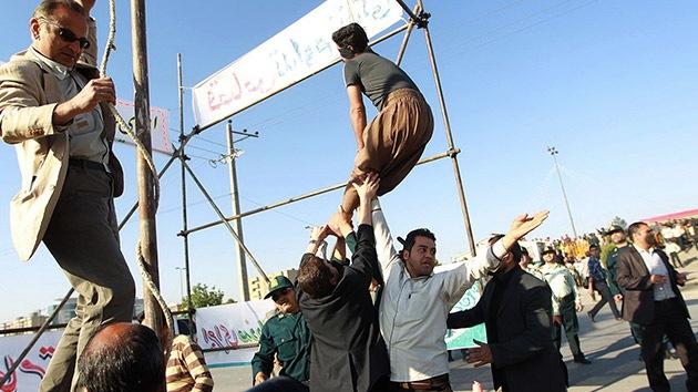 Irán: Salvan la vida a un asesino ya con la soga al cuello