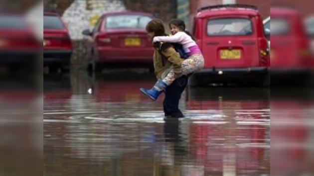 Mantienen a 13 departamentos de Colombia en alerta máxima por las fuertes lluvias