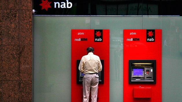 Un barman australiano roba un millón de dólares gracias a un resquicio en los cajeros