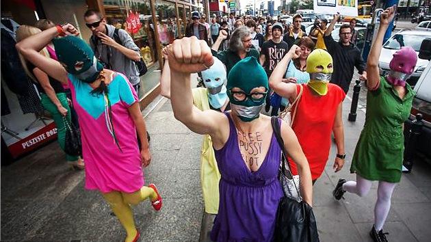EE.UU.: Simpatizantes de la banda punk rusa Pussy Riot, en contra del estado de Nueva York