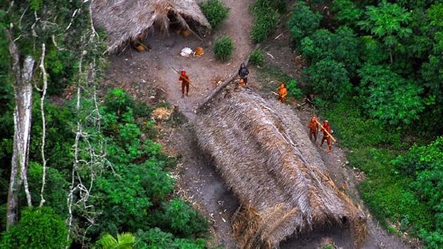 'Espían' vía satélite a una tribu aislada en el Amazonas para salvarla de la extinción