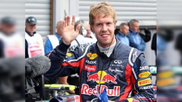 Vettel suma y sigue, novena pole de la temporada