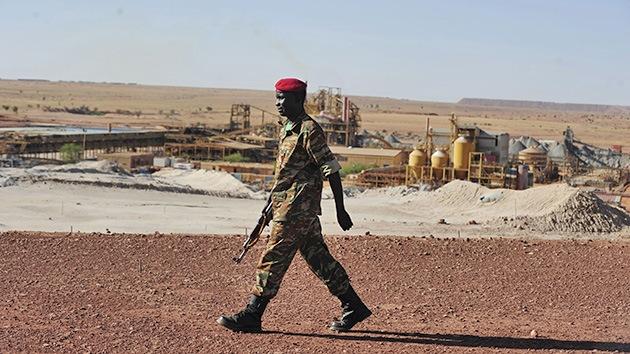 Ahmadineyad llega a África en busca de más uranio para su programa nuclear