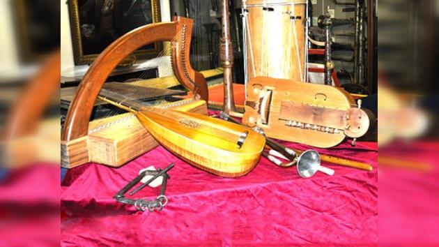 Los instrumentos  de Hieronymus Bosch no son útiles para tocar