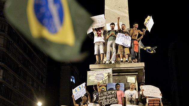 De la protesta al choque: Más de un millón de personas toman las calles de Brasil