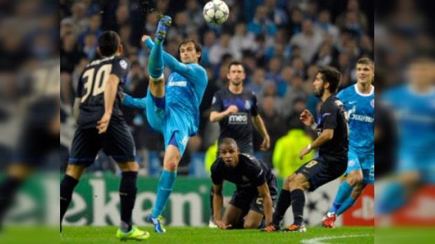 El Zenit, por primera vez en octavos de la Champions tras empatar a cero en Oporto
