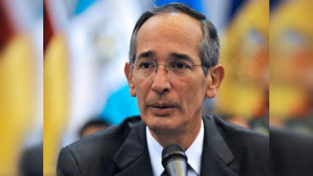 Colom pide el cese del embargo económico contra Cuba y aboga por el Estado palestino