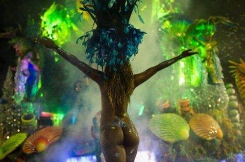 El Carnaval desborda Río de Janeiro