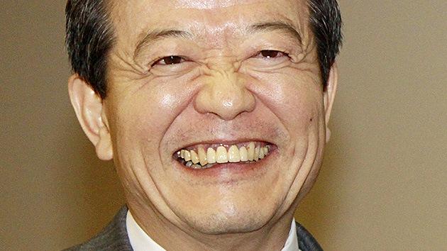 Arrestan al ex presidente de IBM en Japón por filmar bajo las faldas de pasajeras del metro