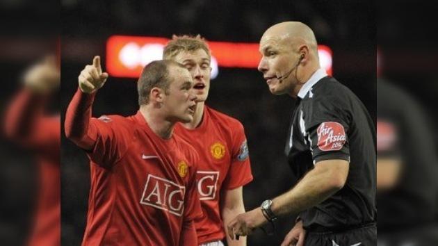 La liga inglesa podría implementar el sistema de repeticiones a partir del 2012