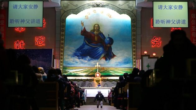 China busca crear su propia versión del cristianismo