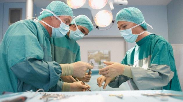 Una embarazada muere porque le extraen un ovario en lugar del apéndice