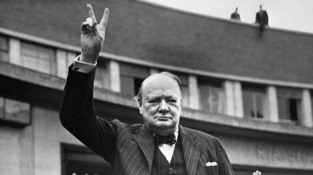 """Churchill: """"Apoyo firmemente el uso de gas venenoso contra tribus incivilizadas"""""""
