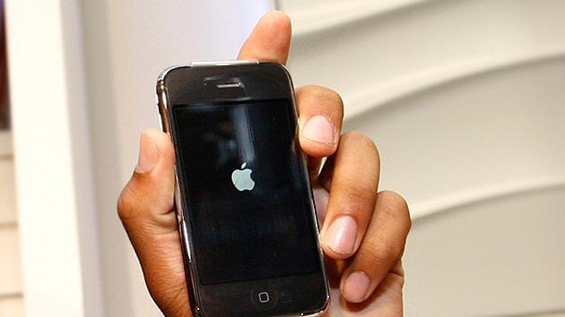 Cómo podría espiar la NSA su iPhone apagado y cómo evitarlo
