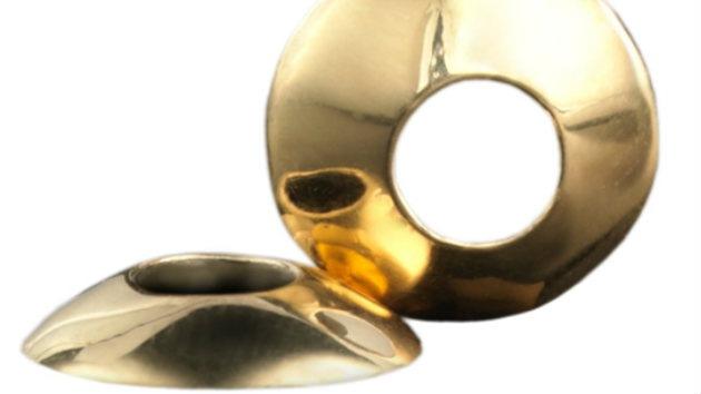 Una joya que entra por los ojos: crean unas lentes de contacto de oro