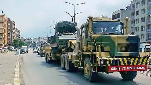 Turquía despliega misiles en su frontera con Siria, donde se hacen fuertes los insurgentes
