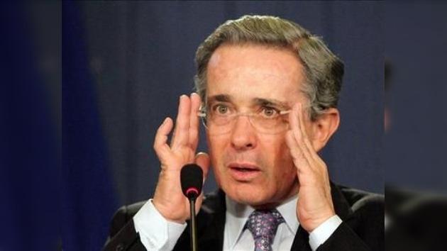 EE. UU. pide 30 días más para evaluar la inmunidad de Uribe