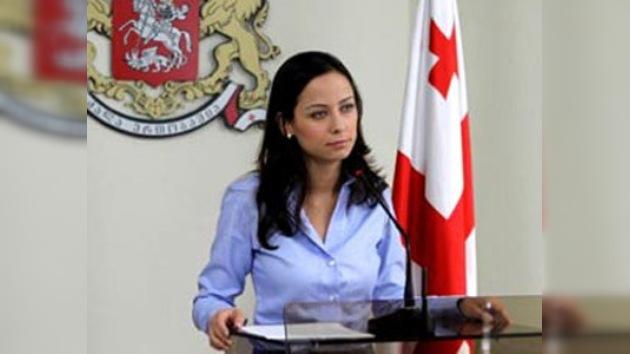 La ministra de Economía de Georgia en el centro de un 'strip-escándalo'