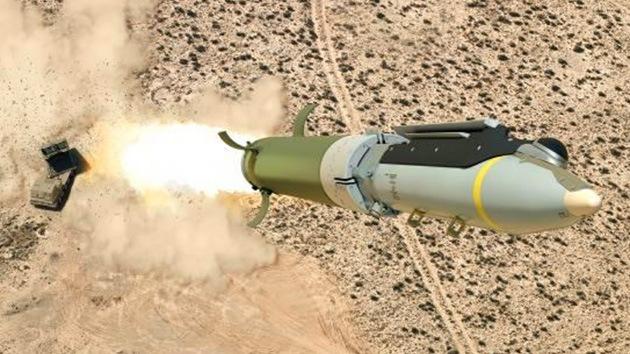 Boeing le enseñará al Ejército a lanzar bombas desde el suelo
